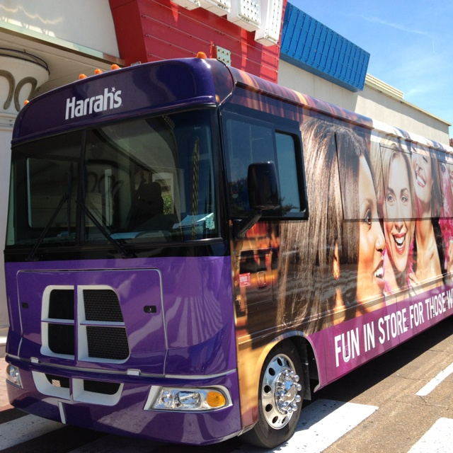 Tunica party bus.: Party Bus, Parties Bus