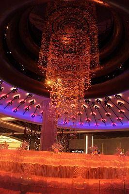 マカオの夜はカジノ。マカオ 観光・旅行の見所!