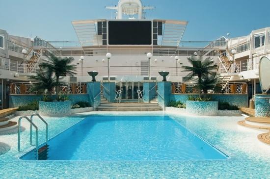 MSC Musica - Copacabana Pool Area