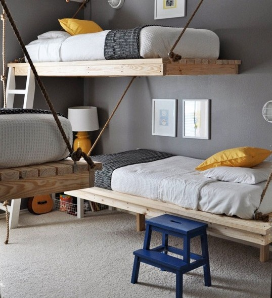 Very nice DIY kids room