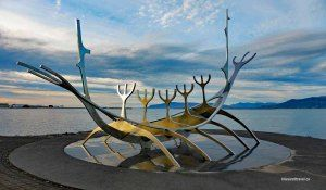 iceland reykjavik waterfront sculpture viking Sólfar