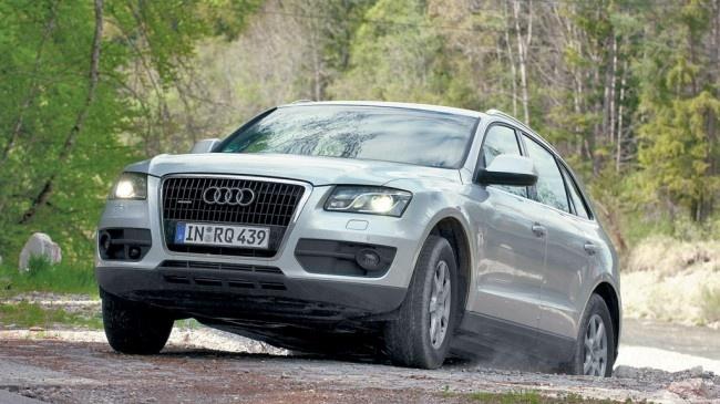 Wszyscy kierowcy, przez których ręce przewinęło się srebrne Audi Q5 3.0 TDI testowane na dystansie 100 000 km, mieli jedną cechę wspólną: niezbyt chętnie przesiadali się do innych samochodów