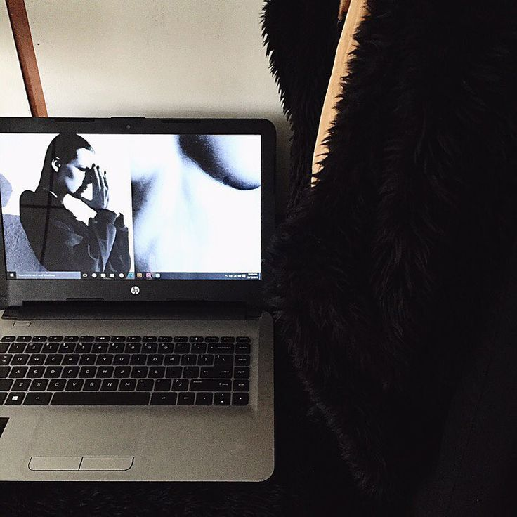 New Laptop // Late Night bloggin' ✔️✔️ 1.1.2016
