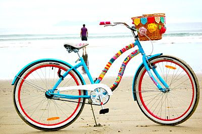 {crocheted bicycle} if I crocheted and had a bike, I probably would do something like this!: Beaches Bike, Crochet Bicycles, Mountain Bike, Crochet Embellishments, Beaches Cruiser, Yarns Bombs, Summer Colors, Bike Accessories, Bike Projects