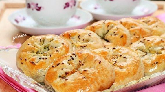 Пирожки-булочки на кефире с оливками и зеленью , пошаговый рецепт с фото