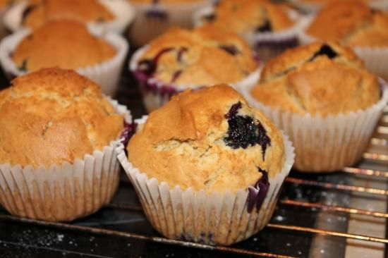 Erdnussbutter Blaubeer Muffins - Peanut Butter Blueberry Muffins