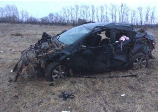 В смертельном ДТП под Липецком погибла женщина и 5-месячный ребенок http://kleinburd.ru/news/v-smertelnom-dtp-pod-lipeckom-pogibla-zhenshhina-i-5-mesyachnyj-rebenok/