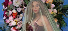 Spettacoli: #Beyoncé #è #incinta di due gemelli e annuncia al mondo che la crisi con Jay Z non esiste (foto) (link: http://ift.tt/2kToQkW )
