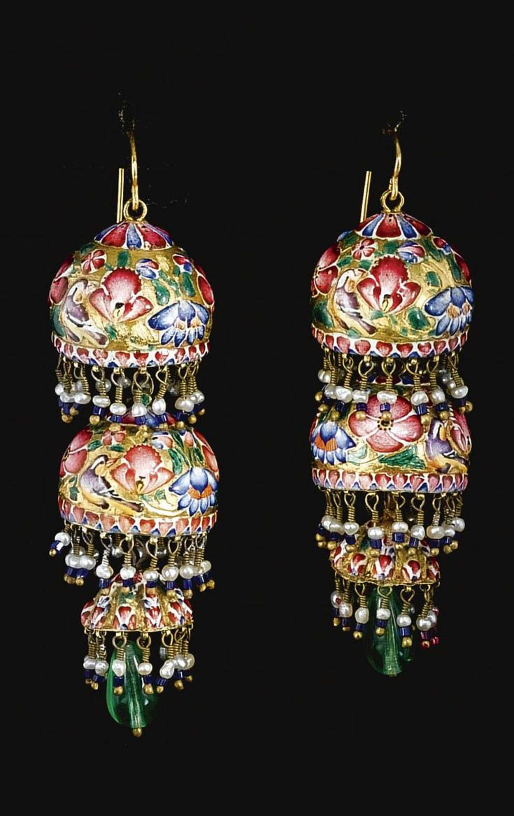 Persia | Pair of Qajar earrings; gold, enamel, emeralds and seed pearls. | ca. 19th century