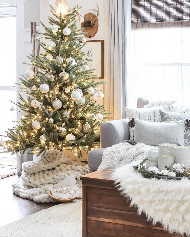 O Christmas Tree O Christmas Tree How Lovely Are Your Branches In Summer Sun Or Winter Snow A Coat Mon Beau Sapin Chants De Noel Chanson Mon Beau Sapin