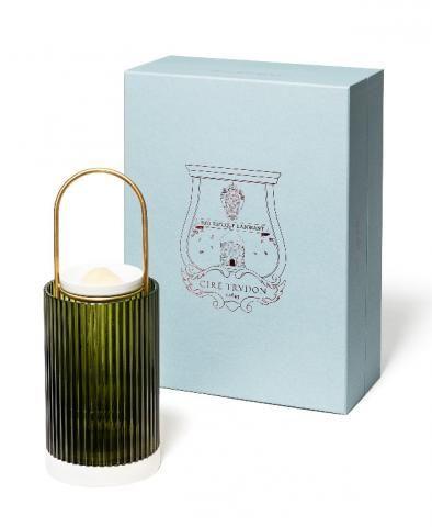 Diffuseur de parfum La promeneuse Cire Trudon vu dans la presse à retrouver sur Selectionnist.com