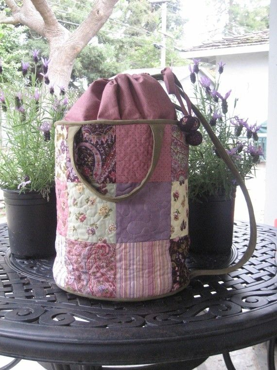 GoToMarket Bucket Bag PATTERN  Knitting Bag by quilterbynight, $9.00