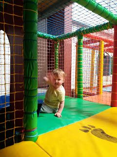 One Hull Of A Dad: Alice's Adventures! Soft Play
