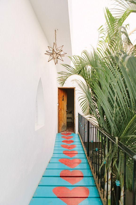 Checking in at your beach bungalow has never been AND looked so sweet.