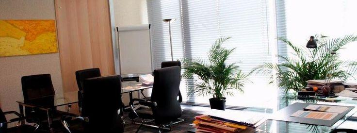 Bureau chauffé et climatisé par un ventilo-convecteur programmable par télécommande : une température de chauffage personnalisable pour chaque bureau