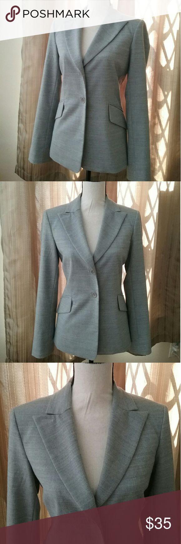 "BCBGMAXAZRIA Jacket Blazer Light gray BCBGMAXAZRIA blazer. Pre owned, very good condition. Can be worn with jeans, skirts or dresses. Measurements: Armpit to armpit 19"" Sleeve length 24"" Length 25"" BCBGMaxAzria Jackets & Coats Blazers"