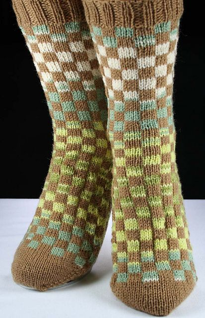 Ravelry: AlohaBlu's BLOCKED SOCKS