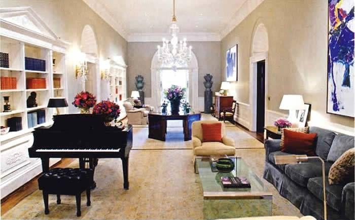 the obama living quarters the white house pinterest the o 39 jays. Black Bedroom Furniture Sets. Home Design Ideas