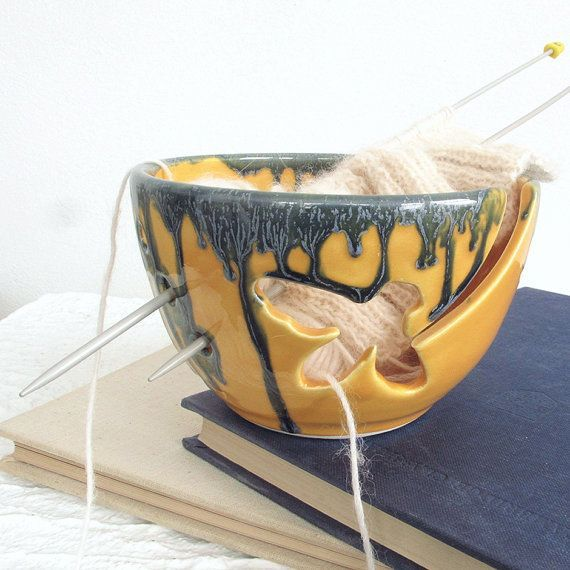 Ceramic Crochet Bowl with Flowers and Bees Ceramic Save the Bees Knitting Bowl for Yarn Pottery yarn holder knitter gift Yarn Bowl