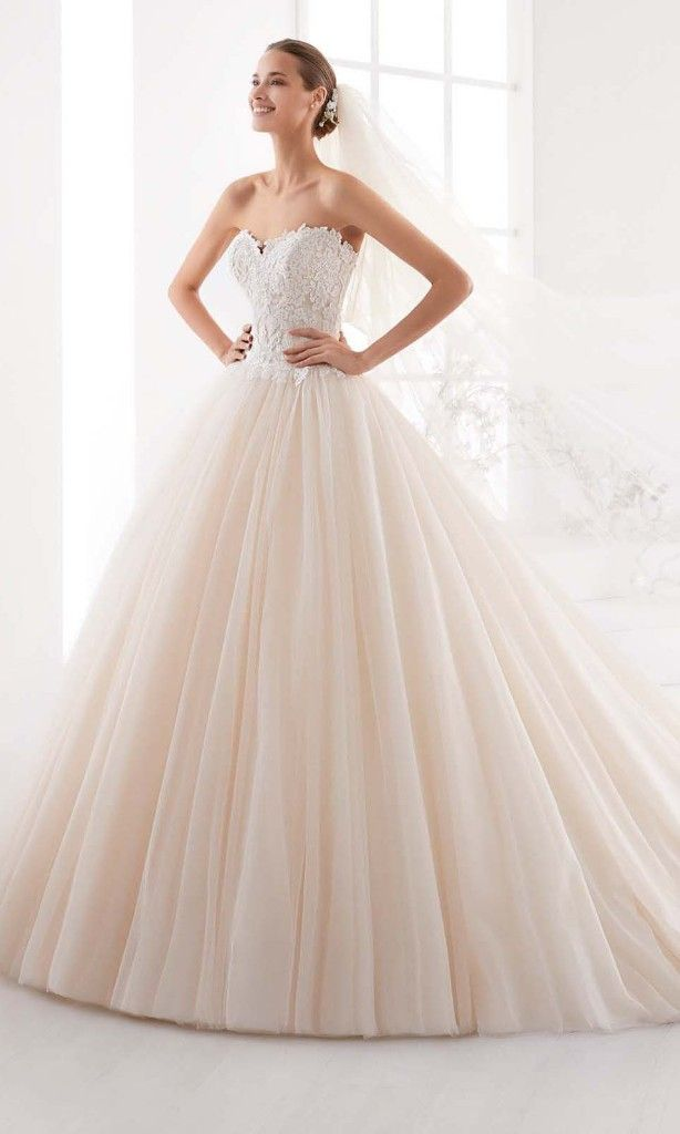 Robe de princesse rose poudrée. mariage wedding