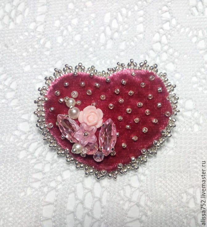 """Купить Брошь """"Весна в сердце"""" - розовый, серебрянный, брошь, сердце, сердце в подарок, бисер, стразы"""