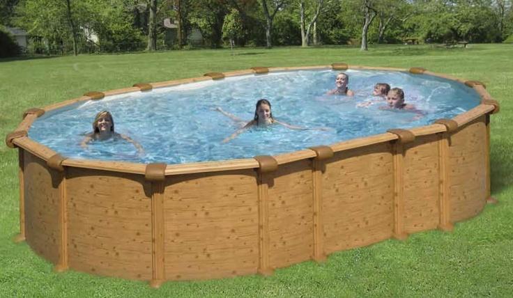 - Piscina Antigua Technypools -  Naturale armonia tra giardino e legno della piscina.  Vasca in PVC trattato anti UV ed antialghe.
