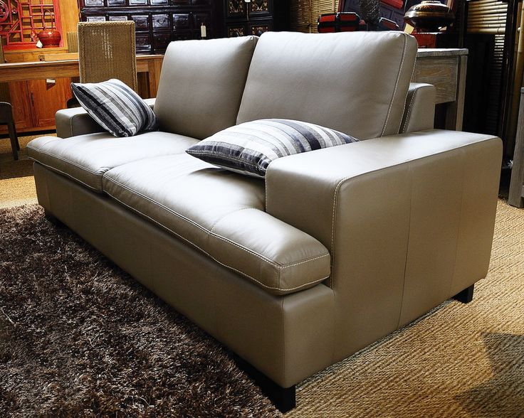 Plus de 1000 id es propos de rue de siam meubles sur for Canape william ii