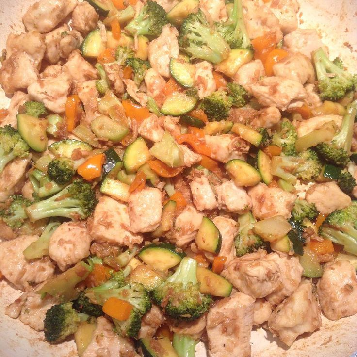 Chicken stir fry with my new garlic coconut oil!
