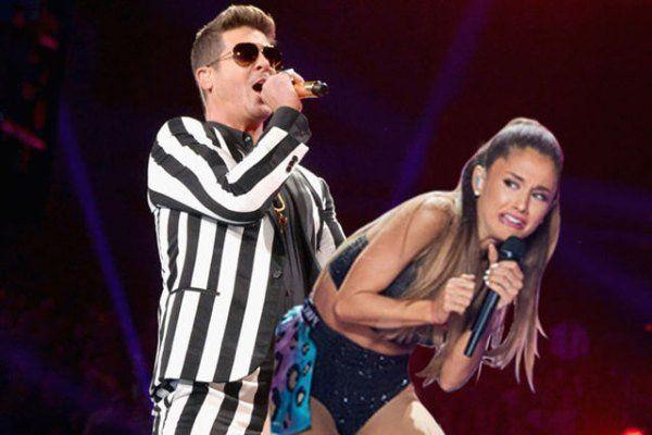 Ariana-Grande-scared-face-meme-8