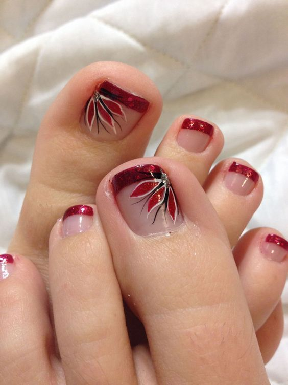 20 Best And Easy Christmas Toe Nail Designs Nail Art Pinterest