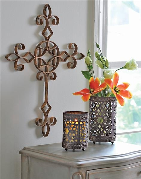 Franciscan Cross and Parisian Luminaries – perfect for spring or any time of the year.  Just change the flowers.