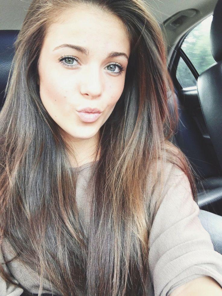 Medium Ash Brown Hair | Visit: http://www.cliphair.co.uk/24-Inch-Full-Head-Set-Clip-In-Hair-Extensions-Medium-Ash-Brown-8.html