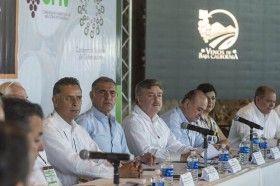 Impulsa CONAGO desarrollo industrial vitivinícola: Gabino Cué