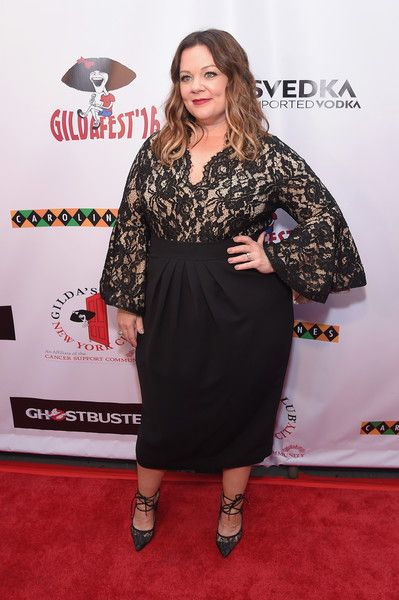 Melissa McCarthy Little Black Dress - Melissa McCarthy attended Gildafest '16 looking elegant in a lace-bodice LBD.