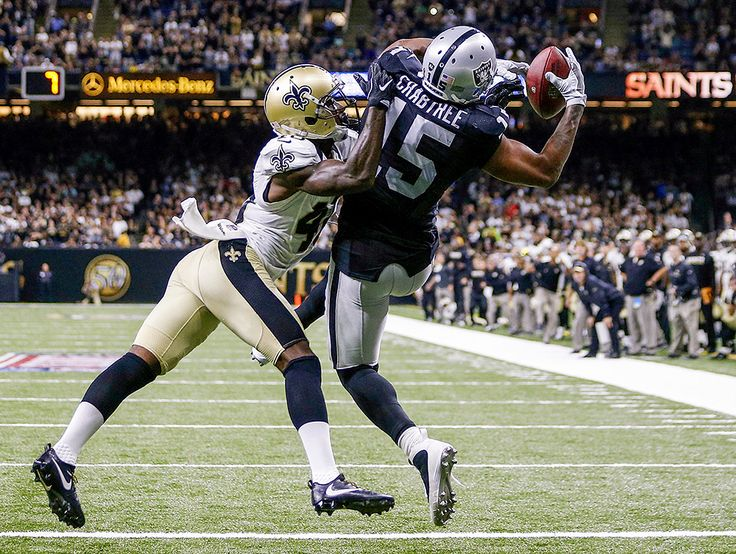 Michael Crabtree : Best images from NFL Week 1