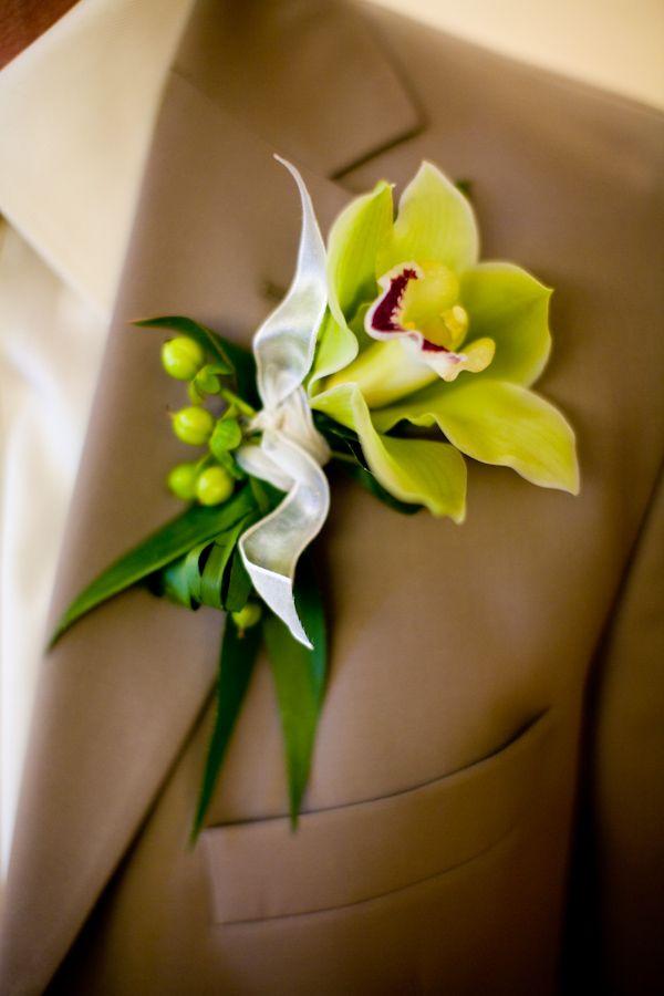 Junebug Weddings - Wedding Photo Gallery – Photography - Ideas - chartreuse
