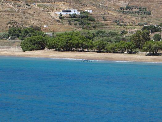 Η παραλία Γάνεμα στη νότια πλευρά του νησιού