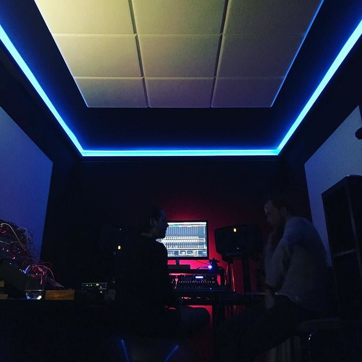 At home in @arthurrobertar 's Studio. We built this together! . . . #design #studio #musicstudio #studioporn #ledlights #architecture #interiordesign #musician #arthurrobertar #graphicdesign #design #artist #vj #bass #techno #producer #witch #magic #spaceship #flyaway #disappear #zone #vibes