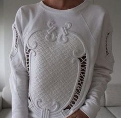 Hollow Out Fleece Sweatshirt