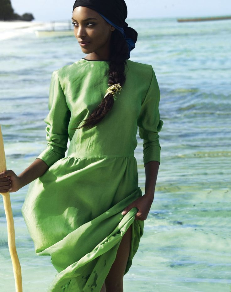 Jourdan Dunn  photographed by Mario Testino for the March 2011 issue. Girl in green.