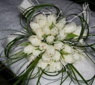 White tulip winter wedding bouquet #winter #bouquet: Winter Wedding Flower, Idea, White Tulips, Wedding Flower Tulip, White Weddings, White Wedding Flowers, Winter Wedding Bouquets, White Tulip Bouquet, Tulip White