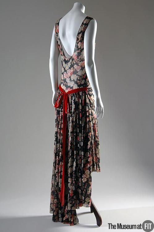 Evening Dress - 1929 - by Louiseboulanger - The Museum at FIT