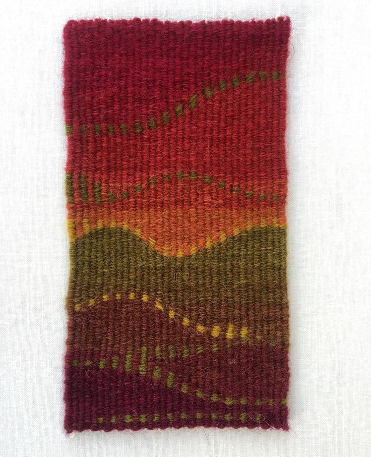 7.5 x 4 inches, hand-dyed wool tapestry. I had a lot of fun with the eccentric pick and pick as well as the dyeing in this piece.  :  :  #art #fiberart #fiberartnow #tapestry #tapestryweaving #tapestryweaver #weaving #weaversofinstagram #tapices #yarn #handdyedyarn #handdyed