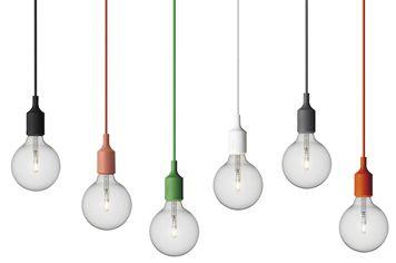 北欧インテリアブランド、muuto(ムート)による電球とソケットのみのシンプルなE27 Socket pendant lamp ソケット ペンダントランプ、全6色。