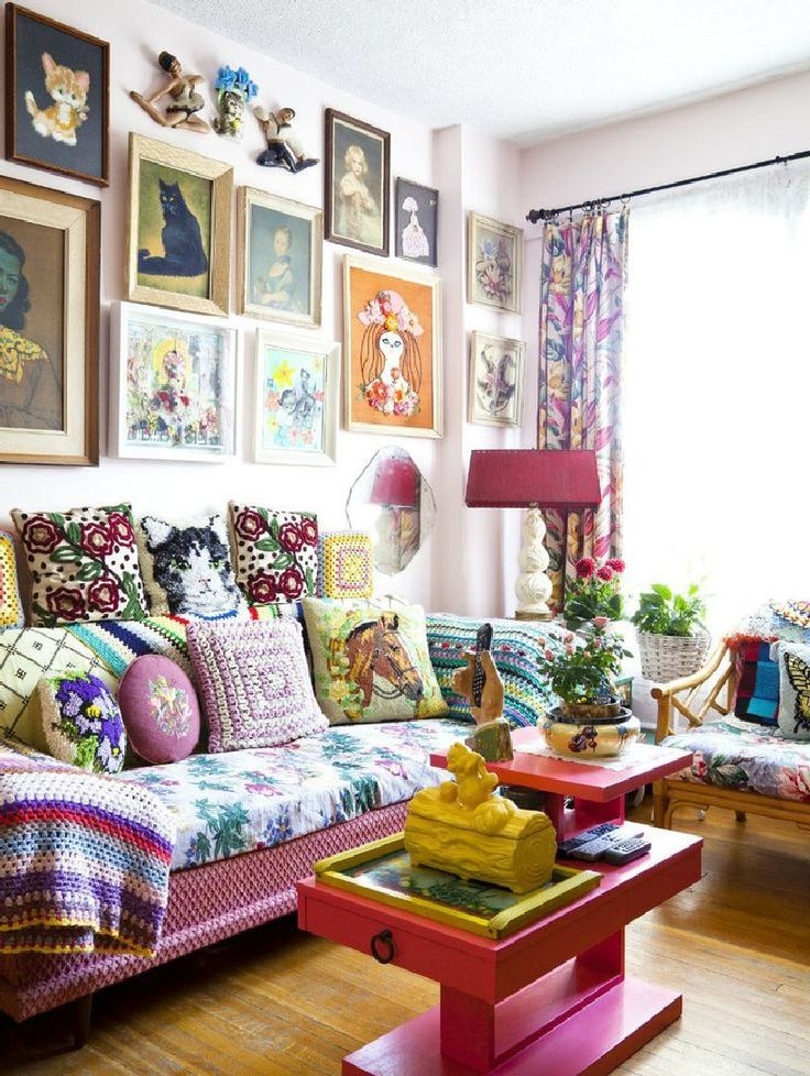 Best 25 Eclectic decor ideas on Pinterest  Eclectic living room Eclectic gallery wall and