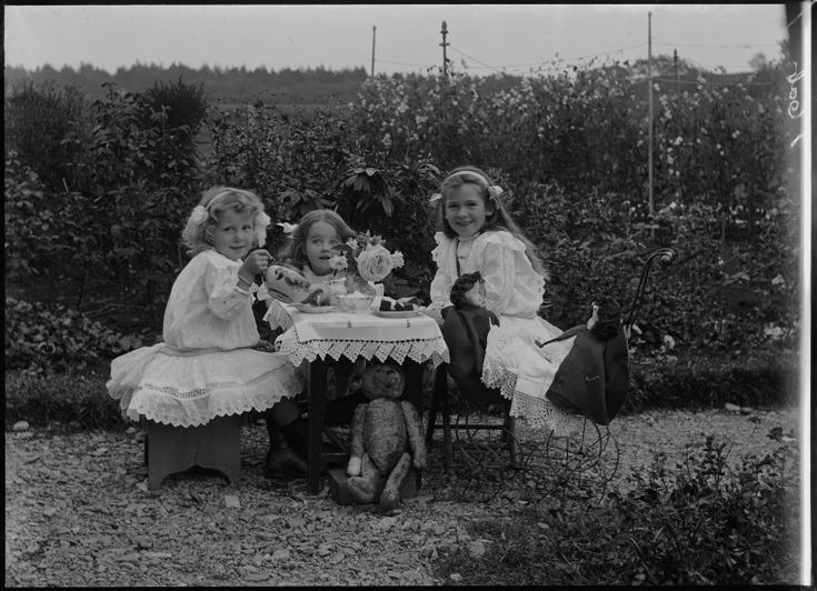 230155PD: Little girls tea party with Ella MacKay (centre), 1912? http://encore.slwa.wa.gov.au/iii/encore/record/C__Rb2474330__S230155pd__P0%2C2__Orightresult__U__X3?lang=eng&suite=def