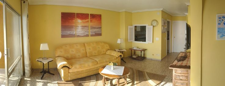 "Livingroom with 40"" flat screen television set. www.wonderful-calpe.webs.com"