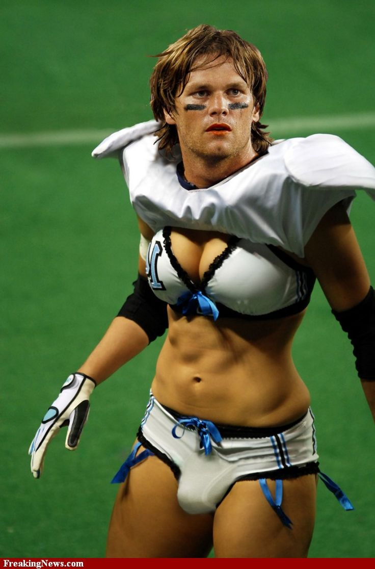 Tom Brady | Tom Brady Gay Football Player pictures - Strange Pics - Freaking News