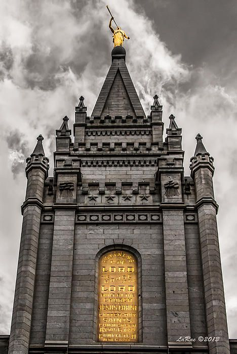 Check out this black white and gold SLC temple photo! The gold is to draw the eye to the Holiness to the Lord plaque and the Angel Moroni sounding his trumpet to bring the good news of the gospel to the world.