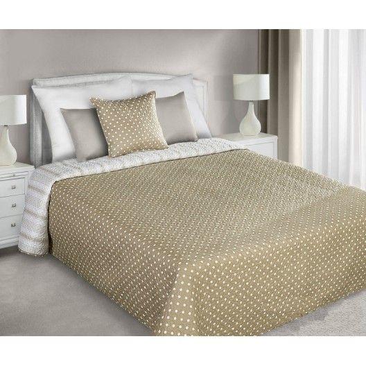 Prehozy na manželskú posteľ béžovej farby s bielymi bodkami